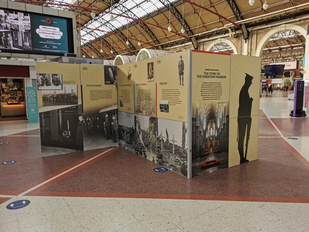 Unknown Warrior pop up at Victoria Station