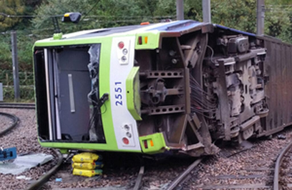 Tram which derailed in Croydon in 2016